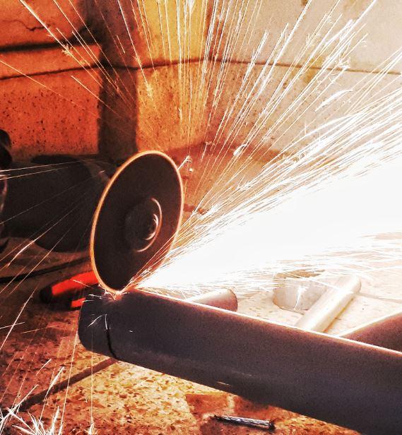 Comment couper un tube acier ? Nos astuces !