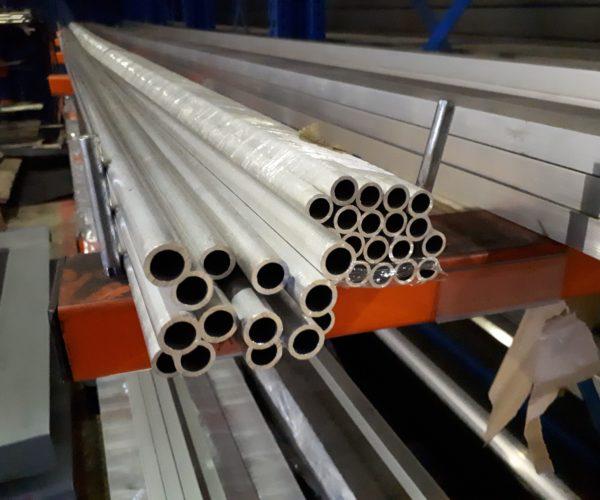 Comment couper un tube en aluminium ?